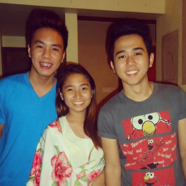Ang cute namin! :-) @johnluis77 @vhietamayo #Elem #classmates #swimming #debut #Missyouguys