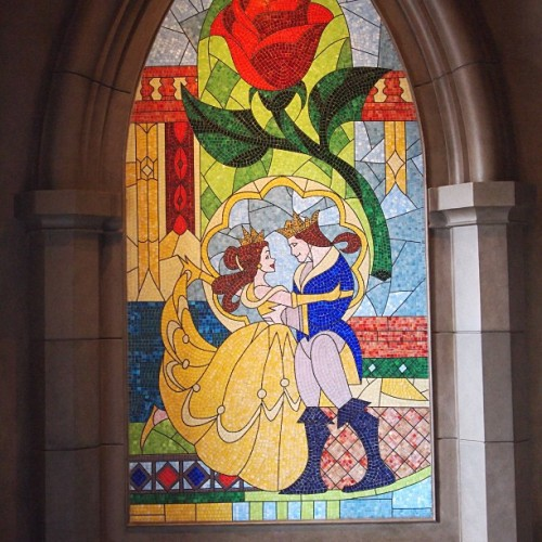 Belle and Beast #beastscastle #beautyandthebeast #beourguestrestaurant #newfantasyland #magickingdom #waltdisneyworld  (at Be Our Guest Restaurant)