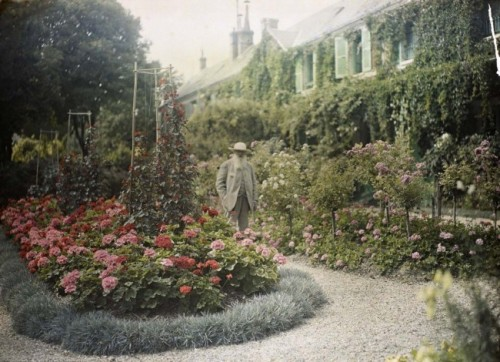 Claude Monet outside his home in Giverny, France.