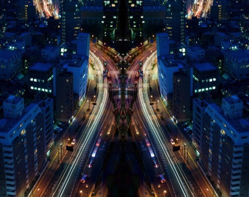 Graffiti of Speed/Mirror Symmetry of Tokyo, Japan by Shinichi Hagashi