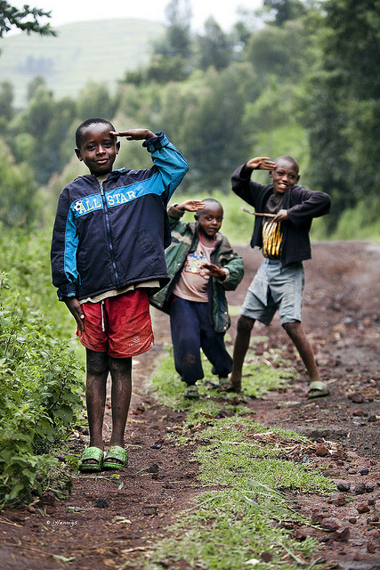 souls-of-my-shoes:  Cuties in Kibanza, Rwanda (by iHennigs on Flickr)