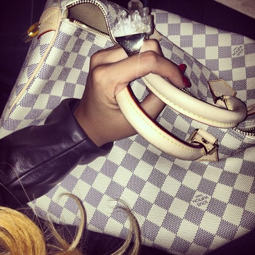 golddiggerr:  officiallanaa:  chanel-and-louboutins:  vivalajewcee:  .❤  Chanel-and-Louboutins.tumblr.com  xo  http://instagram.com/Msivana_