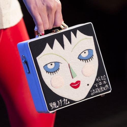 olympia le tan fashion runway catwalk detail details accessories bag 1000