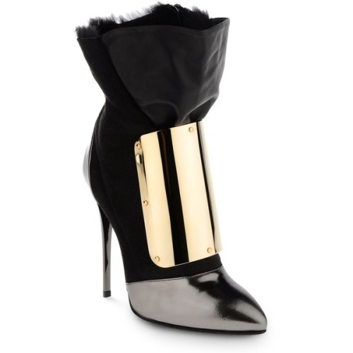 Giuseppe Zanotti ankle booties   ❤ liked on Polyvore (see more leather boots)