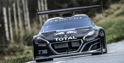 carpr0n:  A true lion Starring: peugeot 208 T16 Pikes Peak (via supercharged.fr)