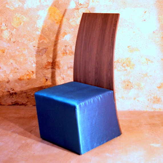 Chaise bois bleu - blue chair in wood