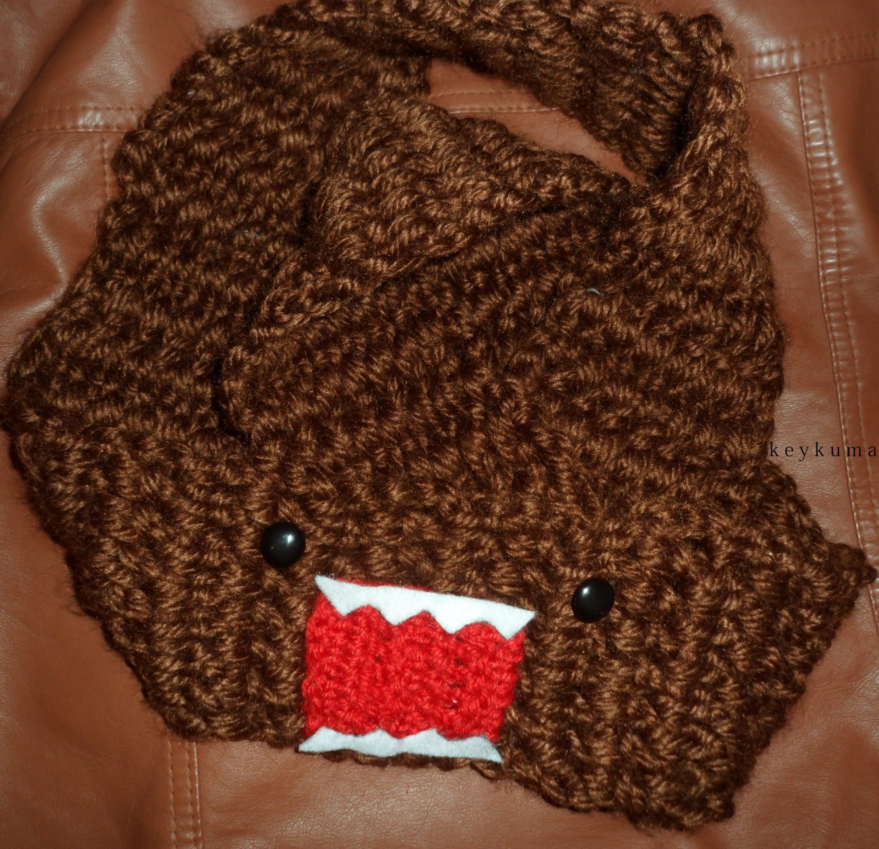 DOMO INFINITY SCARF!    Commission complete! I'm really content on how it turned out (⊙ヮ⊙).