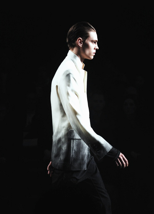 edge-to-edge:  Ann Demeulemeester Fall 2012
