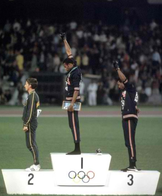 October 16,1968  A grand Stand!