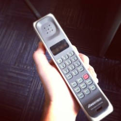 huffposttv:  nbcnightlynews:  First cell phone call was made 40 years ago today. What was your first device?  By Zack Morris?  Zach Morris!!!