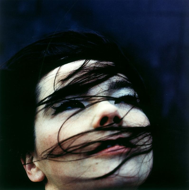 wryer:  Bjork by Anton Corbijn