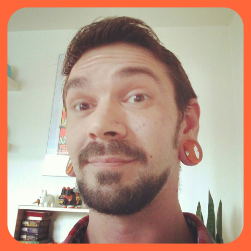 We love to see our plugs in you!  Check out Zachary's Power Plugs in Lava.   Share, message, tag us in pics of you wearing Gorilla Glass!
