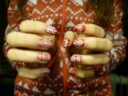 http://weheartit.com/entry/46226871/via/adreamygirl My nails :)