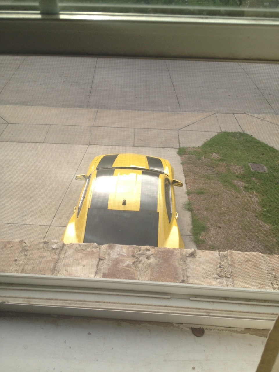 """staticartillery:  So this little kid dressed in a Bumblebee costume came across my dads camaro which is yellow with black stripes and the little kid walked up to it saying """"You're not the real Bumblebee!"""" And then he slapped the front of the car and right as he did, the car started up because my dad was watching through our security cameras and the camaro can be started remotely. This kid nearly fell as he ran away yelling and it's great knowing that he'll probably always remember the day he met Bumblebee."""