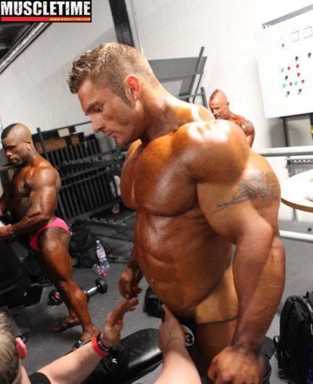 muscle-addicted:  Flex Lewis