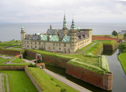 cristimoise:  Kronborg, Denmark.Kronborg is a castle and star fortress in the town of Helsingør, Denmark. Immortalized as Elsinore…View Post