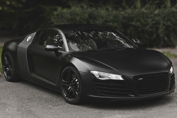 johnny-escobar:  Matte Black R8