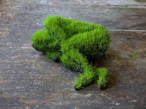 Mathilde Roussel's Beautiful Human Sculptures Float and Sprout With Grass French artist Mathilde Roussel creates eerie sculptures of human forms that are seeded with wheat grass in a nod to Egyptian Mythology and Osiris, the God of renewal, says the artist. Osiris is also the personification of the fertile land and the natural cycles: death and rebirth, dryness and fertility. See the rest of these Roussel's human forms here. (via: TreeHugger)                                    (photo: Matthieu Raffard)
