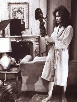 fuckyeahrichardmatheson:  en el set de Trilogy of terror (1975)
