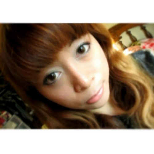 I like this old photo I found. I look adorable here :D #kimisays #ulzzang #ulzzangstyle #kawaii #adorable #cute #Asian #Vietnamese #viet #aww #circlelens