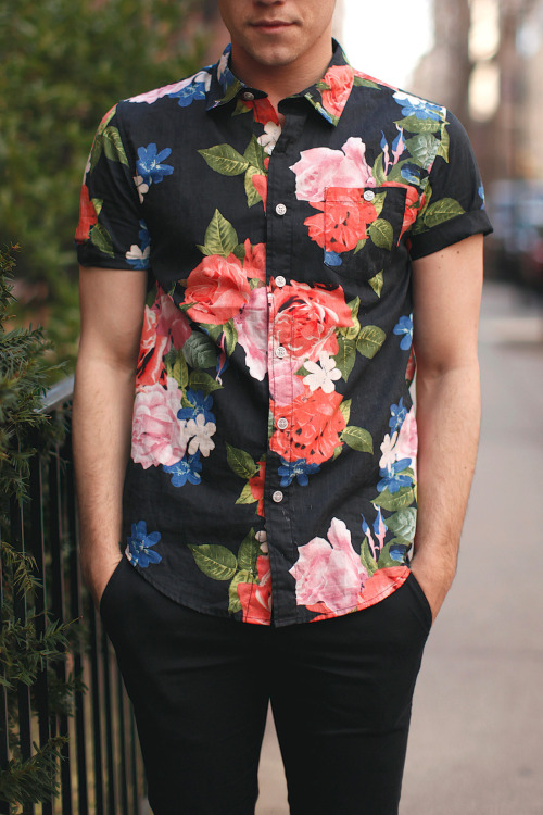 drowninglights:  fagrape:  can my bf be like this pls?  My boyfriend dresses like this hallelujah