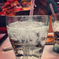 #steaknshake #bourbonnais #toothug #thugnasty #callmedelicious #rainbows (at Steak N Shake)