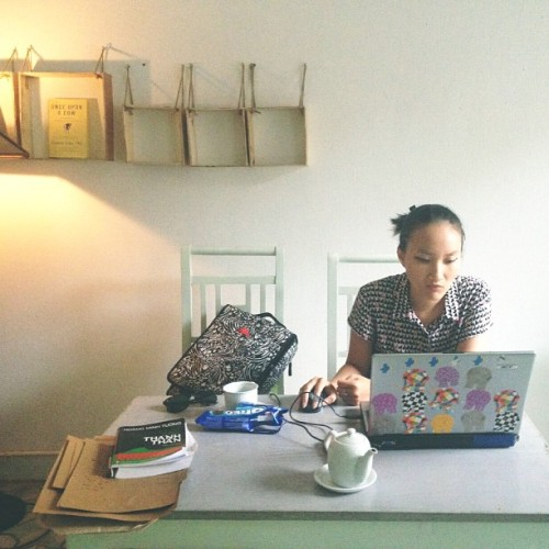 A stormy working afternoon (at Sáng Chiều Tối Cafe)