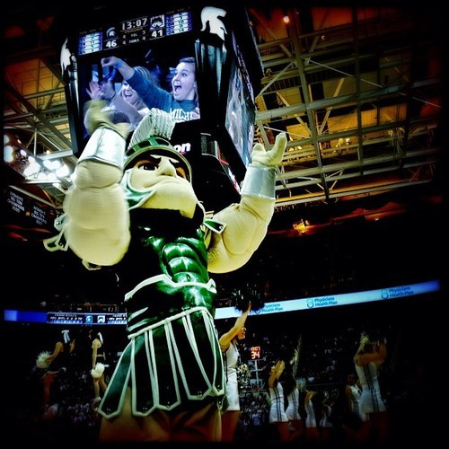 Sparty On #iphone #hipstamatic #snapseed #msu #breslin #spartans #basketball  (at Breslin Student Events Center)