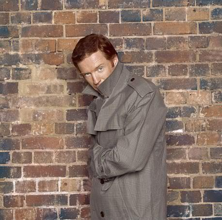 oziegirl17:  What's Mr Lewis hiding under there……….  There is way too little of our Ginger Prince when Homeland isn't on air.