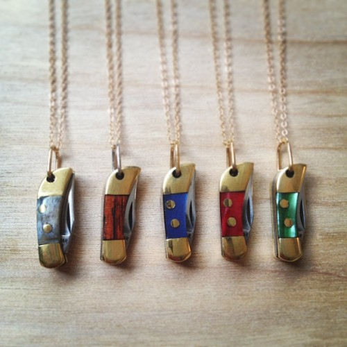 So many new pocketknife necklaces in stock I can't decide which one I like best! Which is YOUR favorite?!?! #pocketknife #safeheart #bunniesinla #knifenecklace #minipocketknife