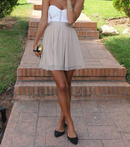 photoliciious:  zara, beige, cute, dress - inspiring picture on Favim.com på We Heart It http://weheartit.com/entry/50177239/via/angeliedyra_aquino
