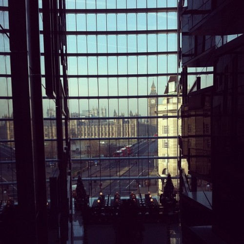 danniwearssneakers:  View from hotel in #london #bigben #westminster