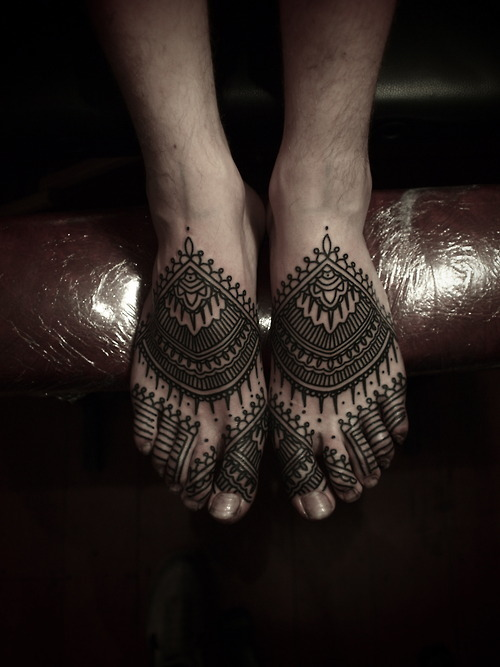 modificationinspiration:  tattr:  GUY LE TATTOOER Berlin, Germany & London, England / Traveling www.akaberlin.com & akalondon.tumblr.com Email: guyletatooer@gmail.com  still one of  my obsessions in case you guys forgot