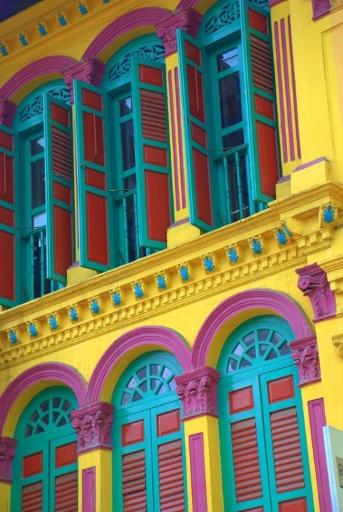paulagold:  Colorful Singapore