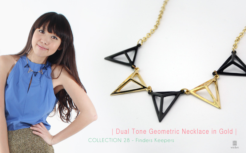 Dual Tone Geometric Necklace in Gold$19.50Status: Available 1 size only Geometric shape necklace with alternating black and gold triangular charmsComes with hook and clasp closureAdjustable in lengthPair with basics for instant sartorial worth - - - - Click here for more details