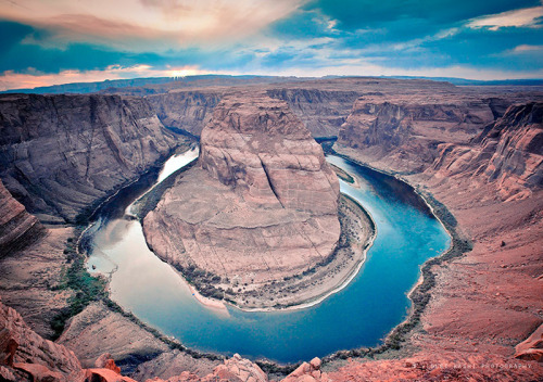 definitelydope:  Horseshoe Bend (by Violet Kashi)