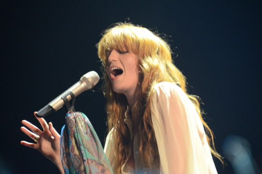 Florence Welch (Neon Tommy/Joyce Lee)