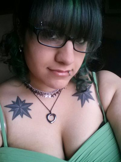 maruthepsychotic:  Went to a wedding yesterday, I was the maid of honor! :3 More pics will come when I get them.  DAMN!!!