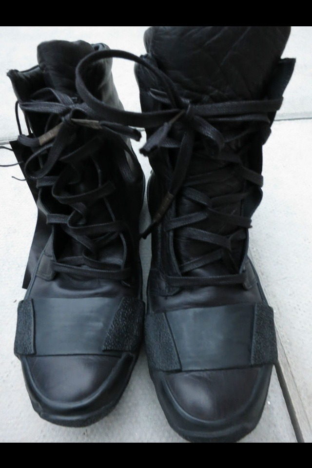 edge-to-edge:  Boris Bidjan Saberi