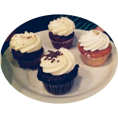 #Anniversary cupcakes @5church // {the five senses} in the Queen City #5senses #taste #cltfood #eatlocal #uptown #charlotte #clt #cupcake #birthday [5.16.13] (at 5 Church)