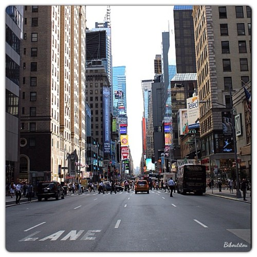 7th Avenue, New York by biboutitou http://bit.ly/14OhBfp InstaNYC is a collection of Instagram photos tagged with #instanyc. Follow us on Twitter at @insta_nyc.