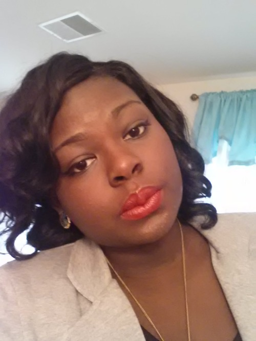 darkskinredlip:  Adjoa from MD is  wearing Red by Avon!
