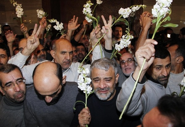 Syria rebels trade 48 Iranian hostages for 2,000 imprisoned civilians (Photo: Khaled Al-Hariri / Reuters) Syrian rebels freed 48 Iranian hostages on Wednesday in exchange for the release of more than 2,000 civilian prisoners held by the Syrian government, according to the head of a Turkish aid agency that helped broker the deal. Read the complete story.