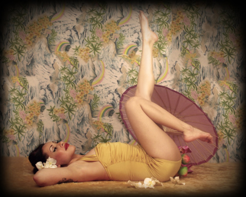 Some stars from our pin-up competition.  (by ungied on Lomography)