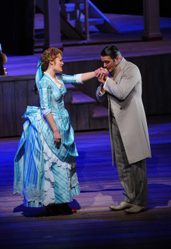 Ashley Brown, Nathan Gunn, SHOW BOAT, - c. Robert Kusel/Lyric Opera of Chicago