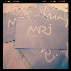 MRJ shopping bags are ready! #packaging #shopping #branding #marketing #advertising #image #fashion #retail #style #elegant #paper #paperbags #instaphoto #instafashion #insta #design #graphic #graphicdesign #mrj #handsfree #bags #handsfreebags