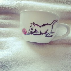 I'm going to be putting this kitty cup on my shop soon!!! 🐾🐾🐈
