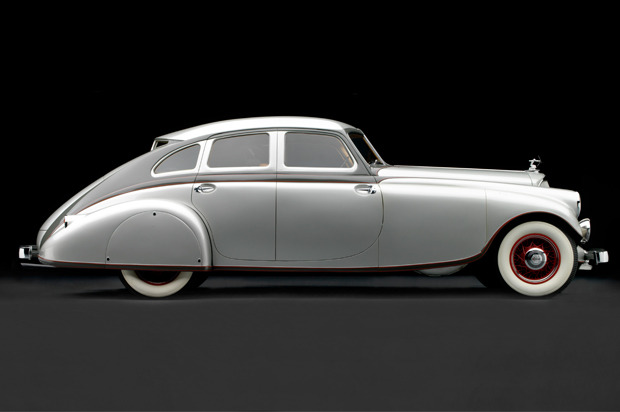 Art Deco Auto's: The Bespoke vehicles that defined 'The Roaring Twenties