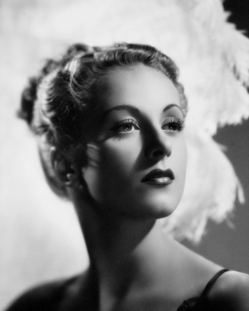 screengoddess:  Danielle Darrieux