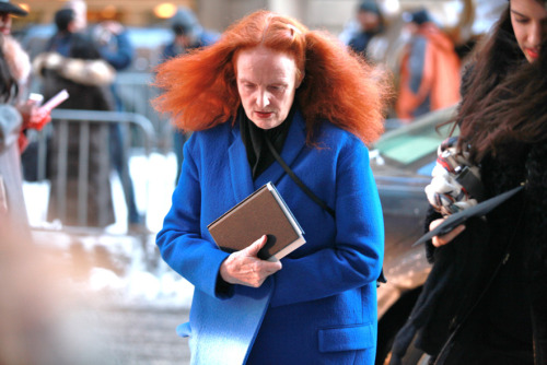 Grace Coddington heading to the show. New York Fashion Week. Photo by Saskia Lawaks.